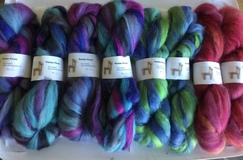 Alpaca suri hand dyed roving