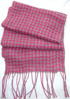 Pink & Grey Hand Woven Hounds Tooth