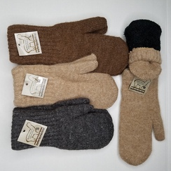 Boucle lined mittens