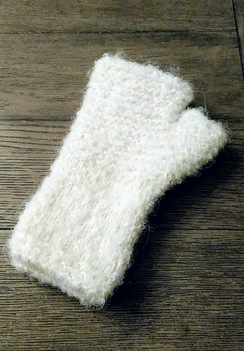 Photo of Boucle Fingerless Gloves