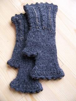 Beaded fingerless gloves