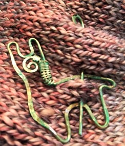 Decorative alpaca scarf pin