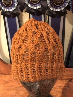 Gold cable hat