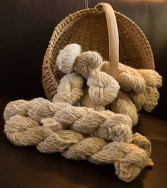 Photo of 100% Alpaca Chunky Bulky Yarn - Tweed