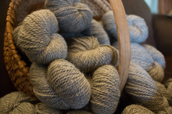 Alpaca Blend Worsted Yarn: Touch of Grey