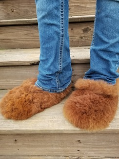 Alpaca fur slippers
