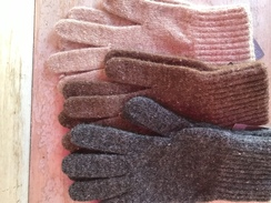 Photo of Unlined gloves