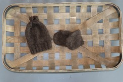Photo of 100%Baby Yak Down Newborn Hat & Booties