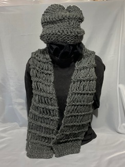 Knitted Alpaca Hat and Scarf Set 3