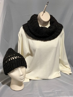 Knitted Alpaca Hat and Scarf Set 4