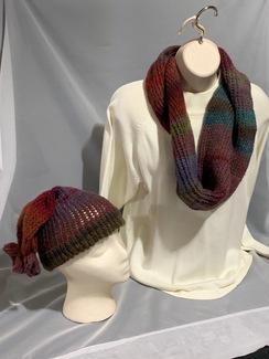 Photo of Knitted Wool Hat and Scarf Set 6