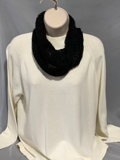 Photo of Knitted Alpaca Scarf (Infinity w/silk) 5