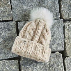Marshmallow Trenza Alpaca Hat