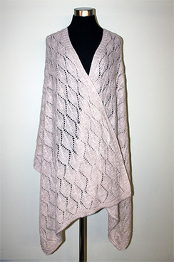 Photo of Leaf Pattern Shawl Alpaca