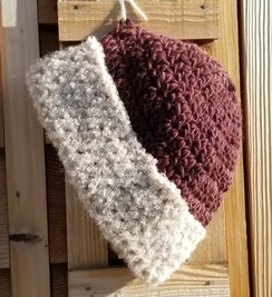 Photo of Maroon Brimmed Beanie