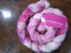 Sweet Georgia Roving - raspberry swirl