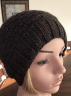 Hat-Ladies slouch hat, dark chocolate