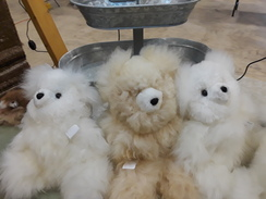 Bears, med fluffy alpaca bear