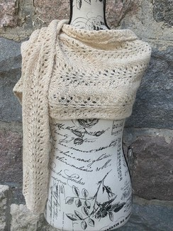 Photo of Feather & Fan Scarf