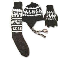 Earflap hat with alpaca design