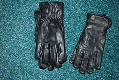 Black Leather Gloves - Alpaca Lined!