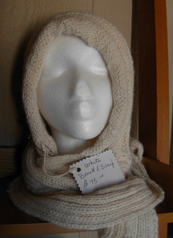 Photo of Bonnet/scarf