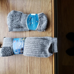 Photo of crew heavy winter socks