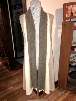 Alpaca Boucle Sweater Vest- Beige/Cream