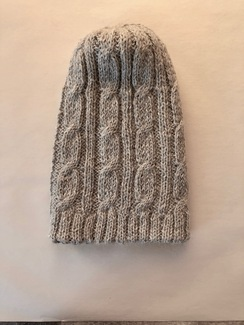Photo of REVERSIBLE TRENZA ALPACA HAT