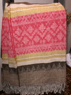 Blanket- Alpaca Throw- Pattern w/ Red