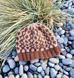 Photo of Gambit pattern hand knit hat