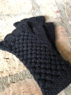 Bobble Fingerless Gloves